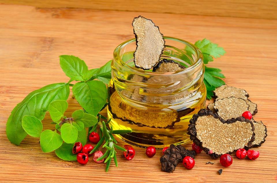 Olio al tartufo: come acquistarlo con consapevolezza